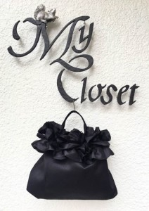巾着ブラック、ブラック